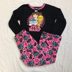 Star Wars pajama set, size medium